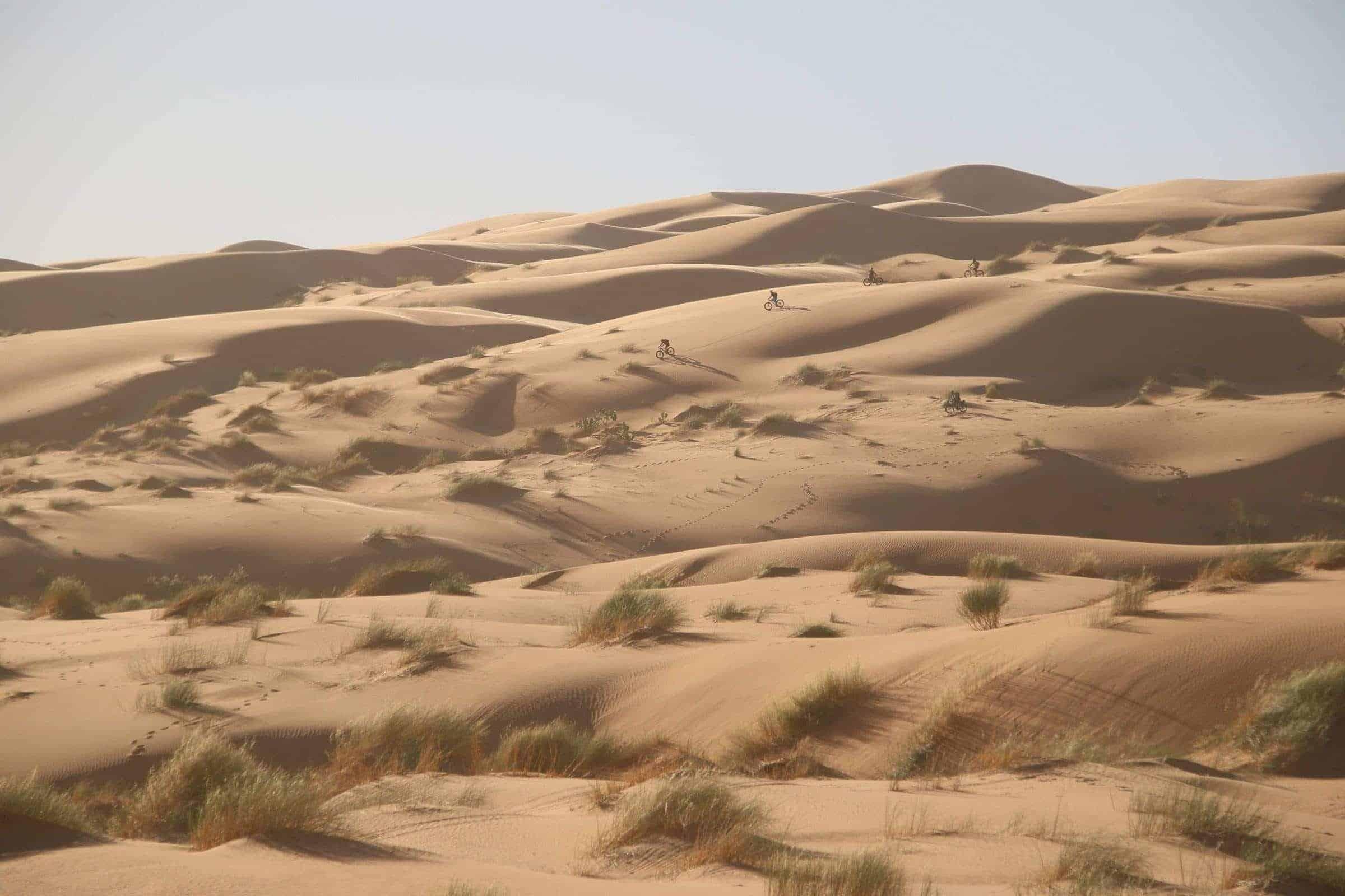 fatbike-descente-dune-geante-raidtransma